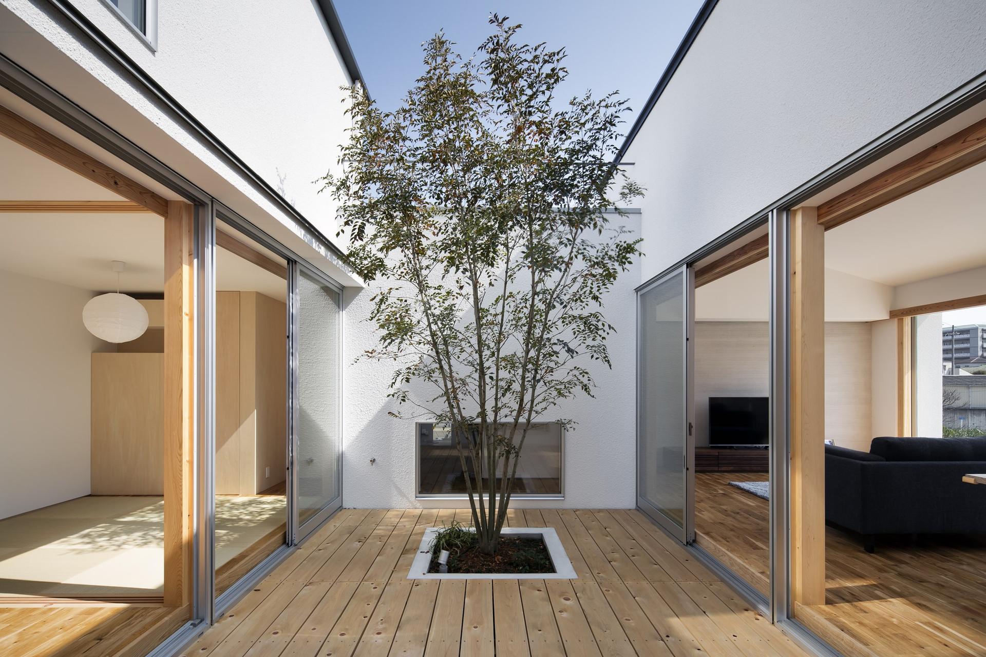 sakai-custom-built-house_2400_07.jpg