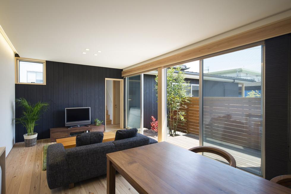 nara-custom-built-house_2400_03.jpg