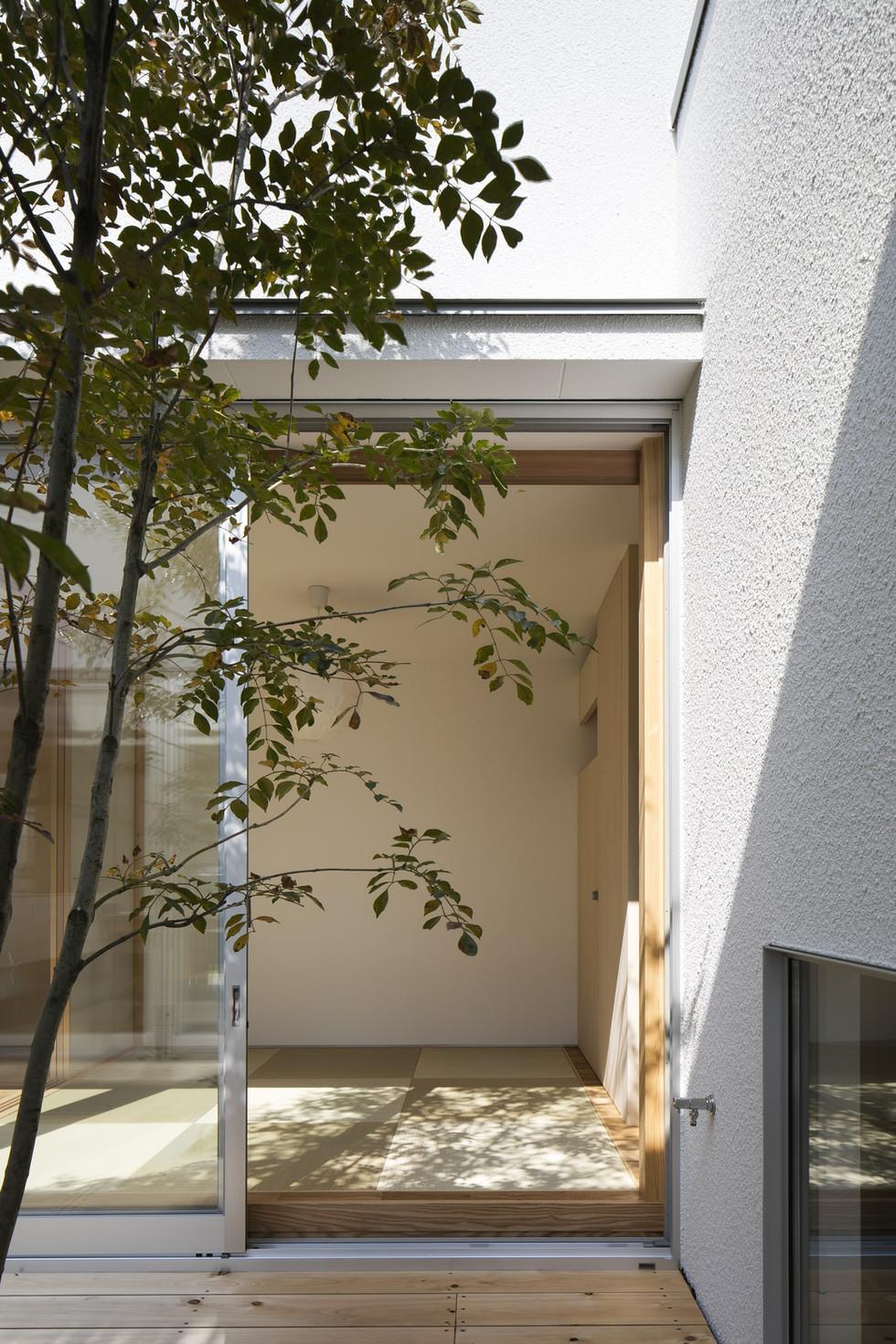 sakai-custom-built-house_2400_08.jpg