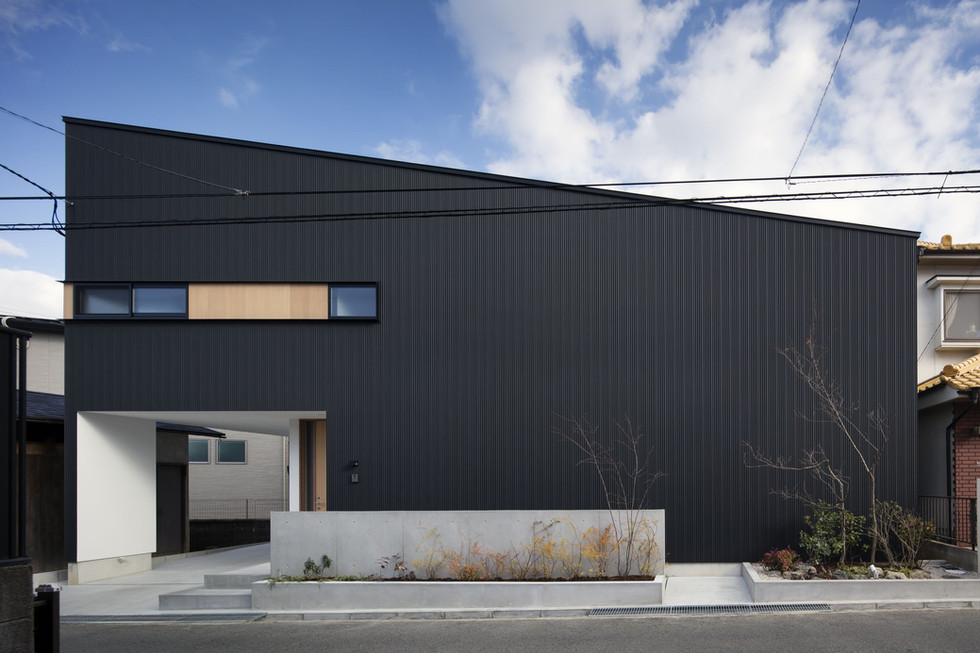 custom-built-home-sakai_2400_01.jpg