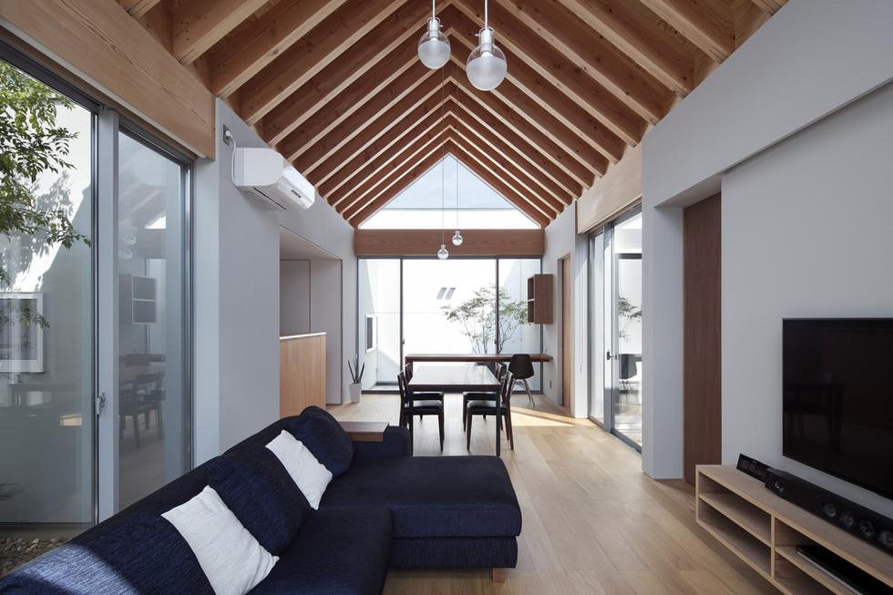 custom-built-home-architect-office_2400_