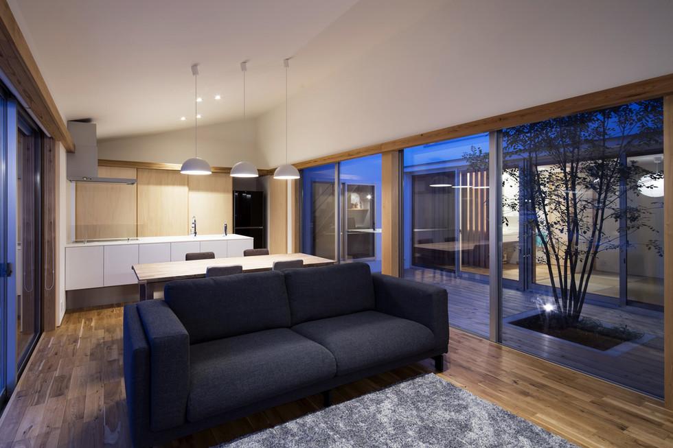 sakai-custom-built-house_2400_15.jpg