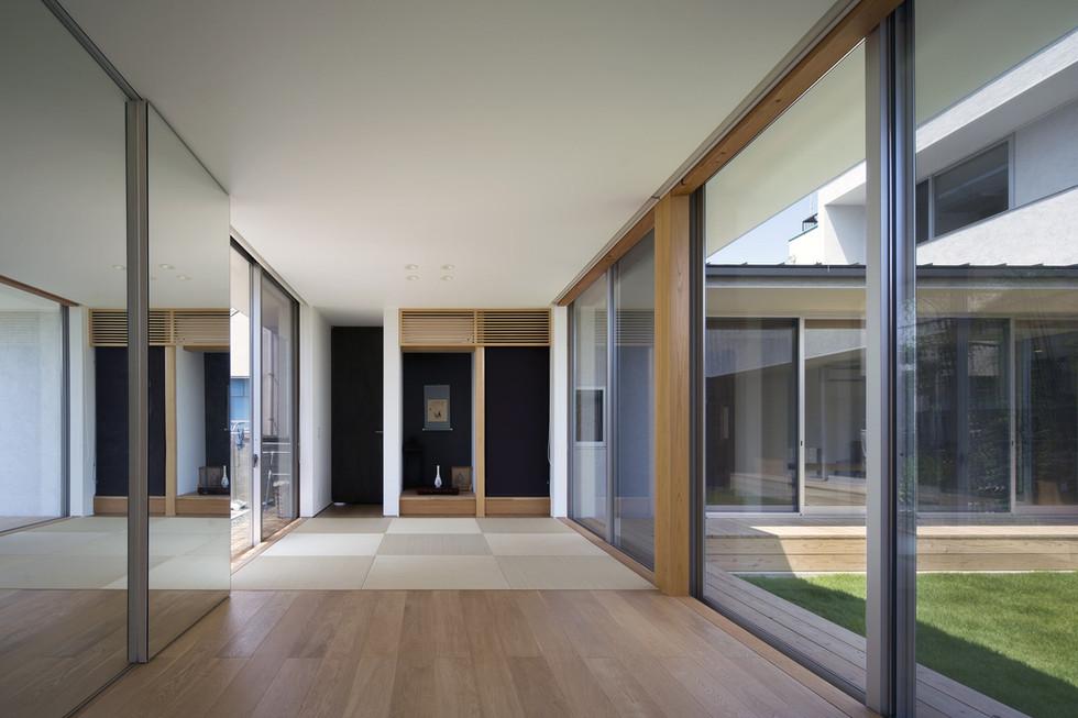 custom-built-house-2400_11.jpg