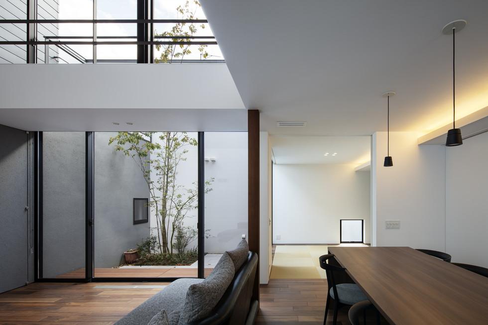 custom-built-home-minoo_2400_06.jpg