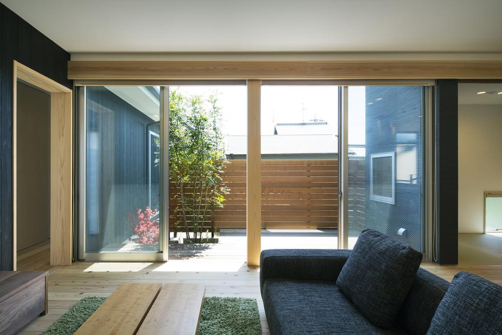 nara-custom-built-house_2400_06.jpg