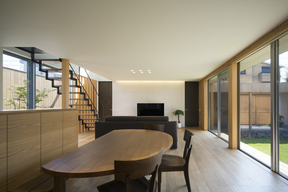 custom-built-house-2400_06.jpg
