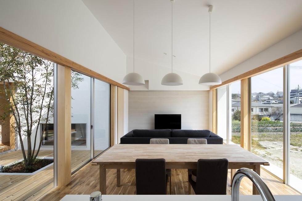 sakai-custom-built-house_2400_06.jpg