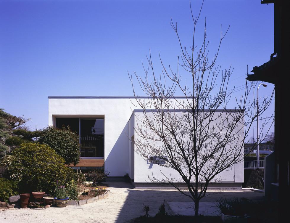 registered-architect-osaka-2400_01.jpg