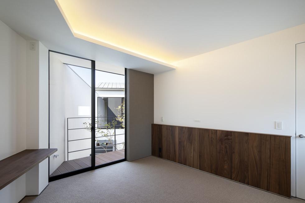 custom-built-home-suita_2400_12.jpg