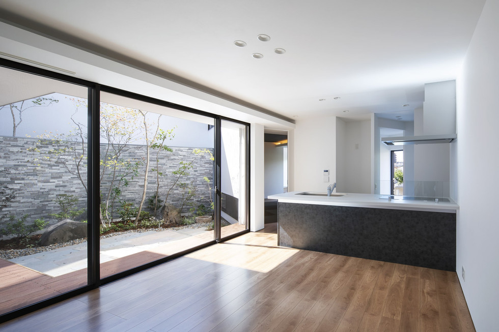 custom-built-home-suita_2400_14.jpg