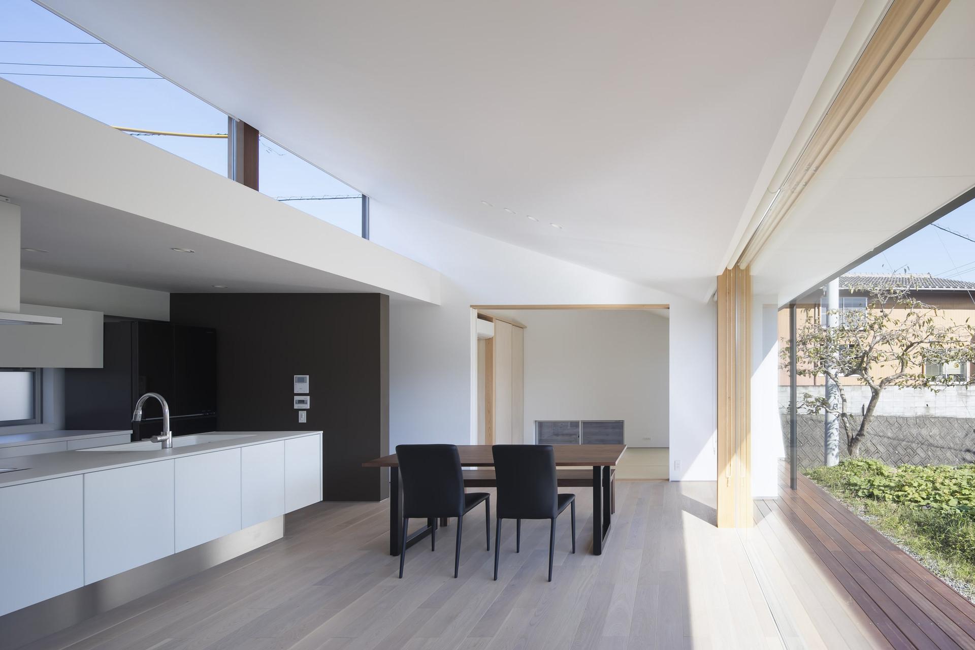 architect-office-custom-built-home_2400_