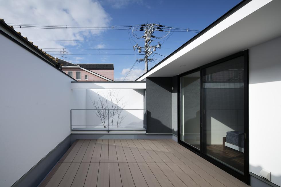 custom-built-home-sakai_2400_11.jpg