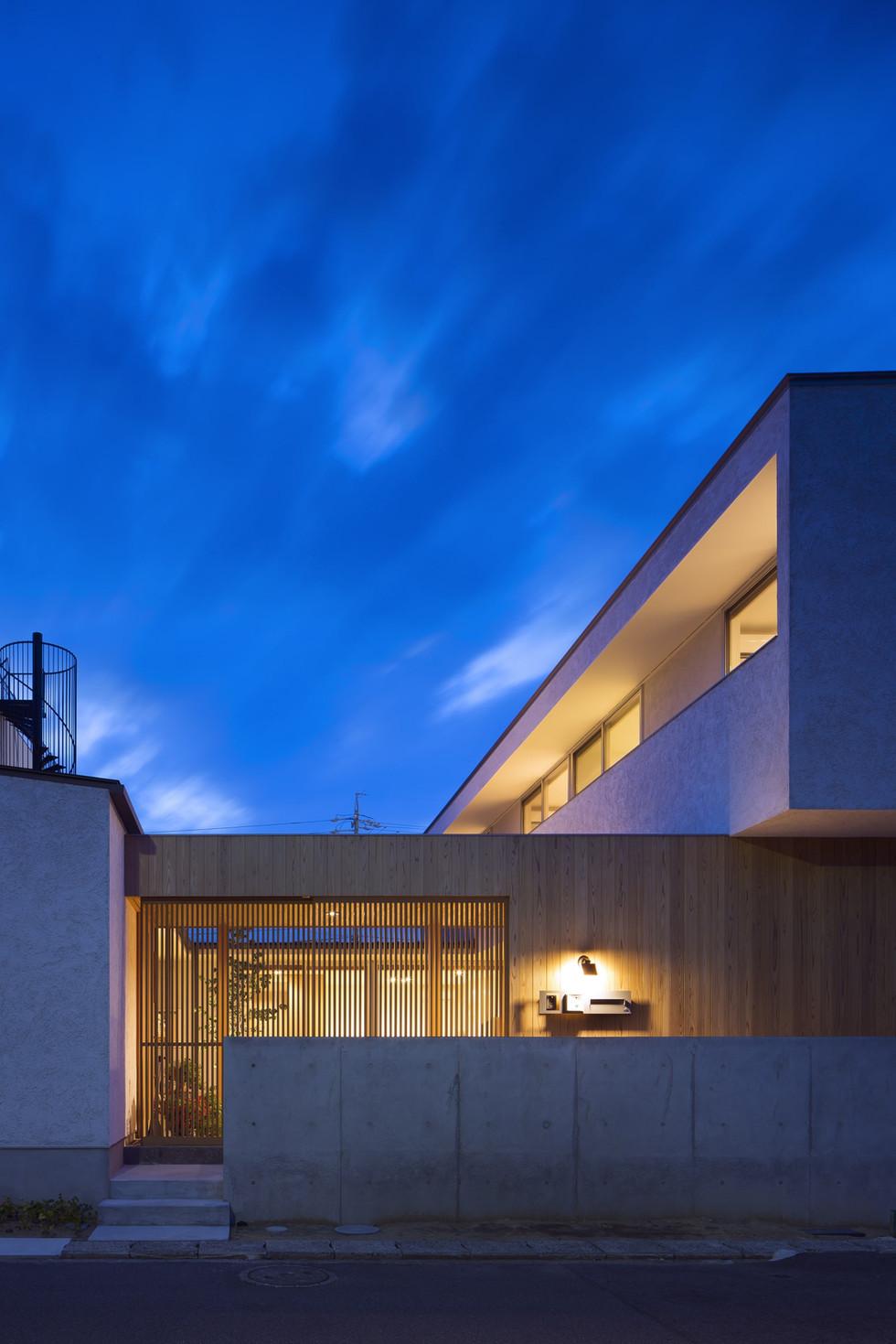 custom-built-house-2400_15.jpg
