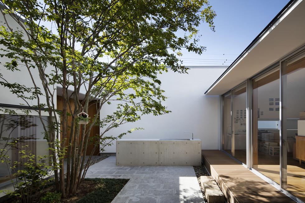 custom-built-house-sakai_2400_06.jpg