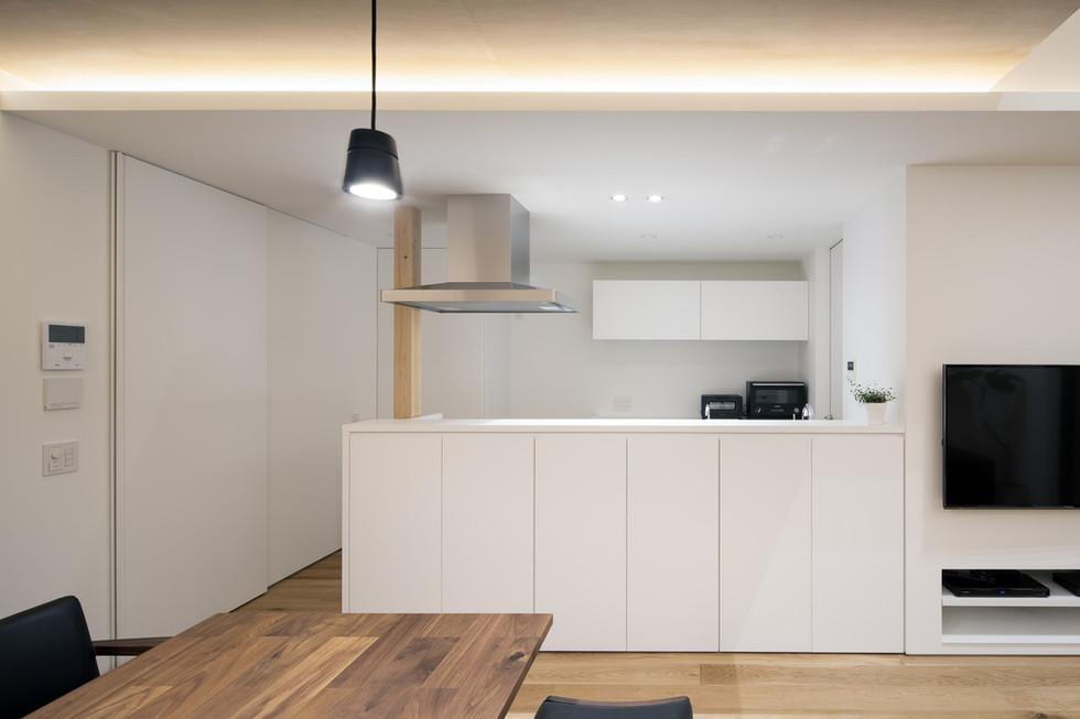 sakai-custom-built-home_2400_12.jpg