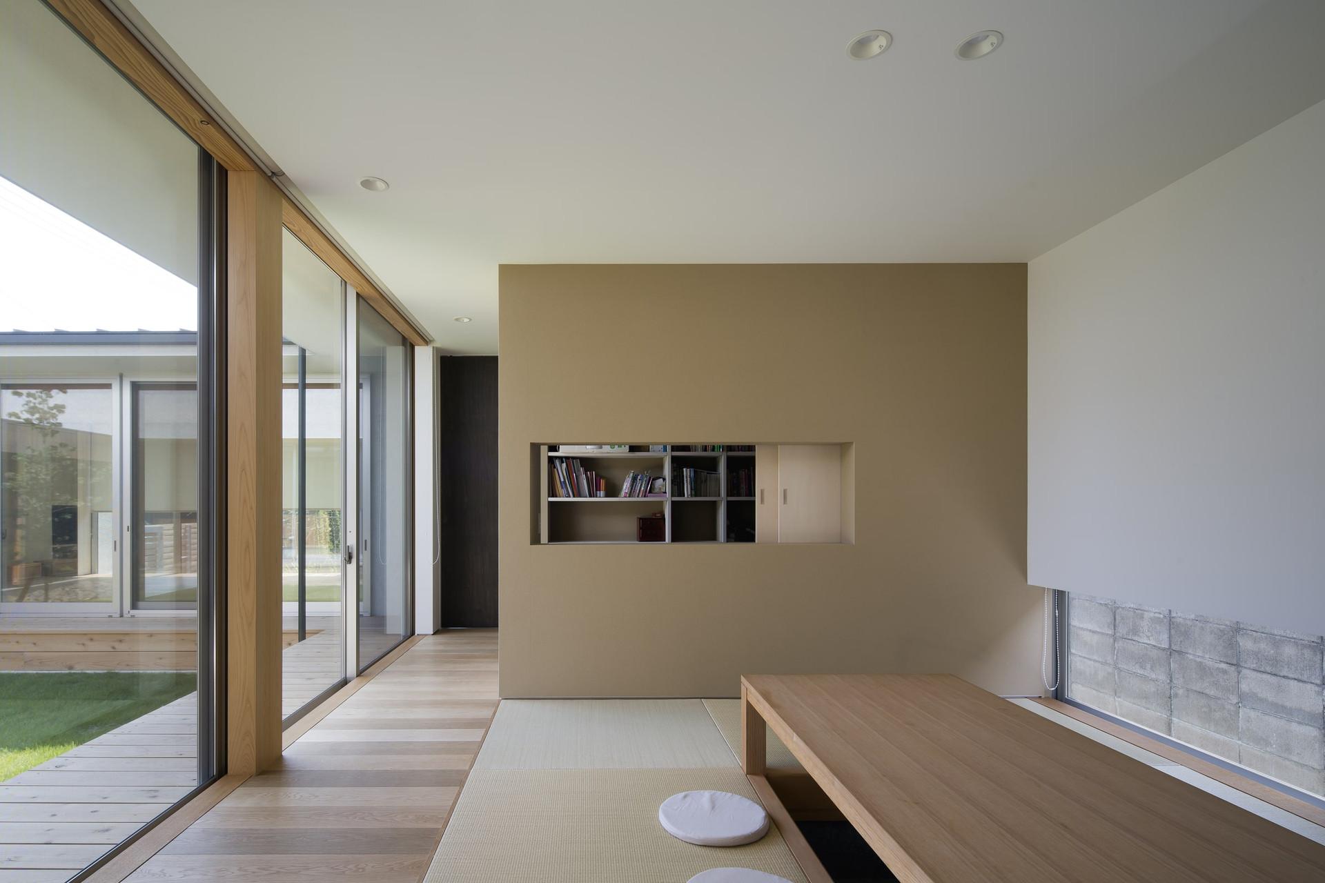 custom-built-house-2400_09.jpg