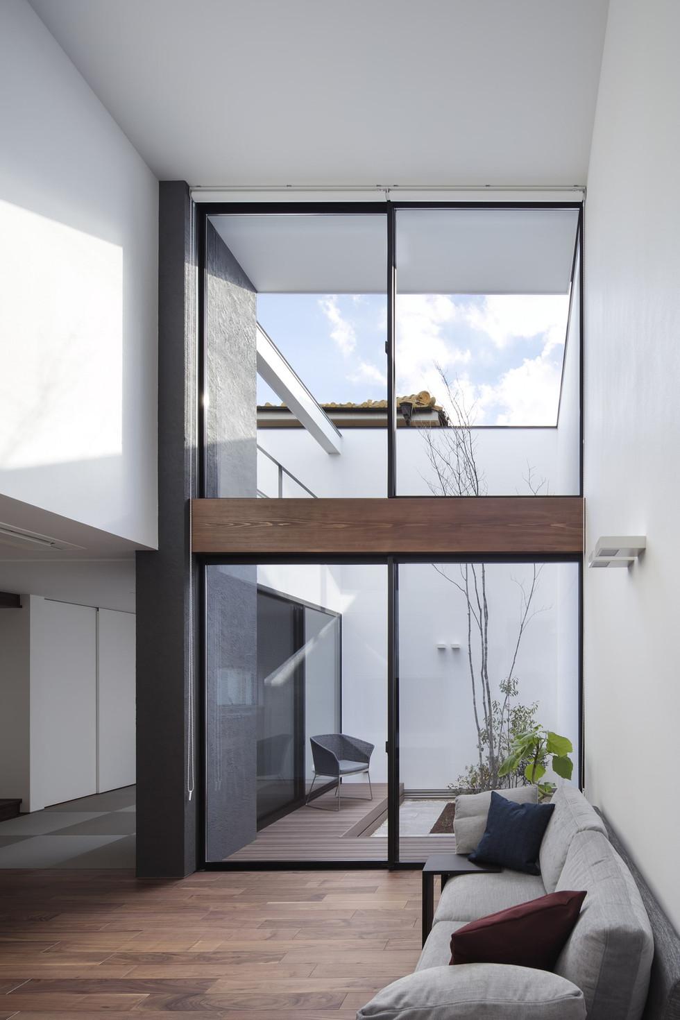 custom-built-home-sakai_2400_03.jpg