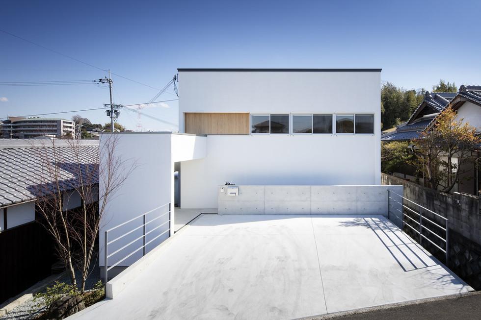 sakai-custom-built-house_2400_01.jpg