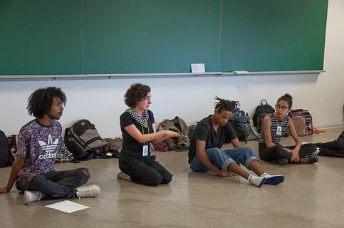 Oficina Práticas para uma abordagem orgãnica do texto teatral - com Andrea Weber
