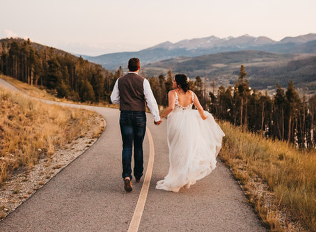 Beautiful Sapphire Point Elopement in Lake Dillon, Colorado