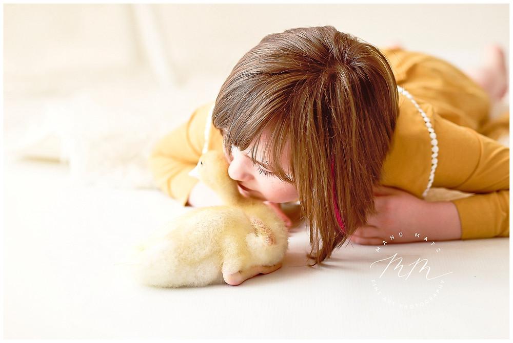 Die schönsten Momente sind ungeplant! Natürliche Kinderfotografie im Atelier.