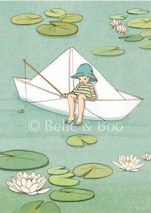 Belle & Boo גלוית סירת נייר
