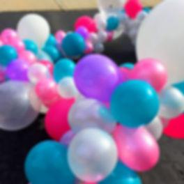balloo garland.JPG