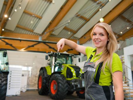 Jakie elementy finasowania fabrycznego wpływają na wybór oferty przedsezonowej?