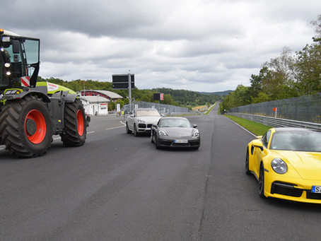 CLAAS XERION debiutuje na torze wyścigowym Nürburgring