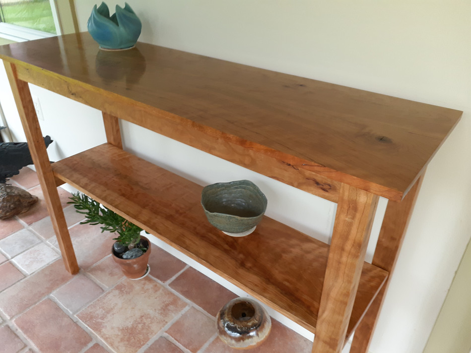 Curly Cherry serving table