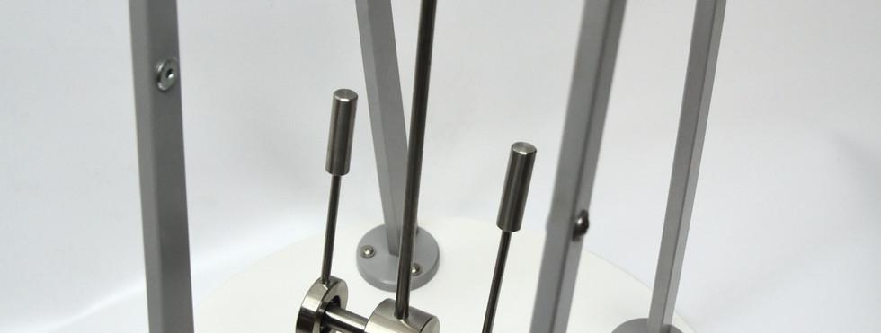 0105.01 - Chaotiс pendulum - Хаотический