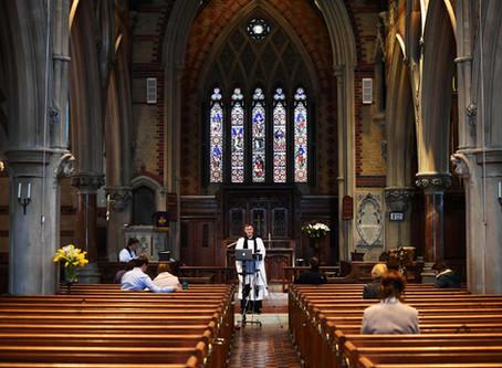 La Iglesia vaciada