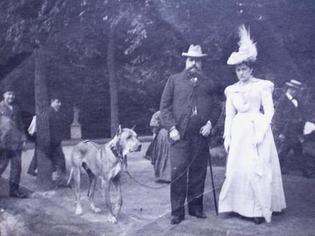 Tres fotografías inéditas de la vida cotidiana de Carlos VII