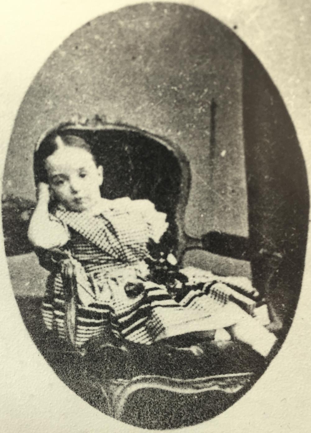 Ada Cabrera, hija menor de los condes de Morella