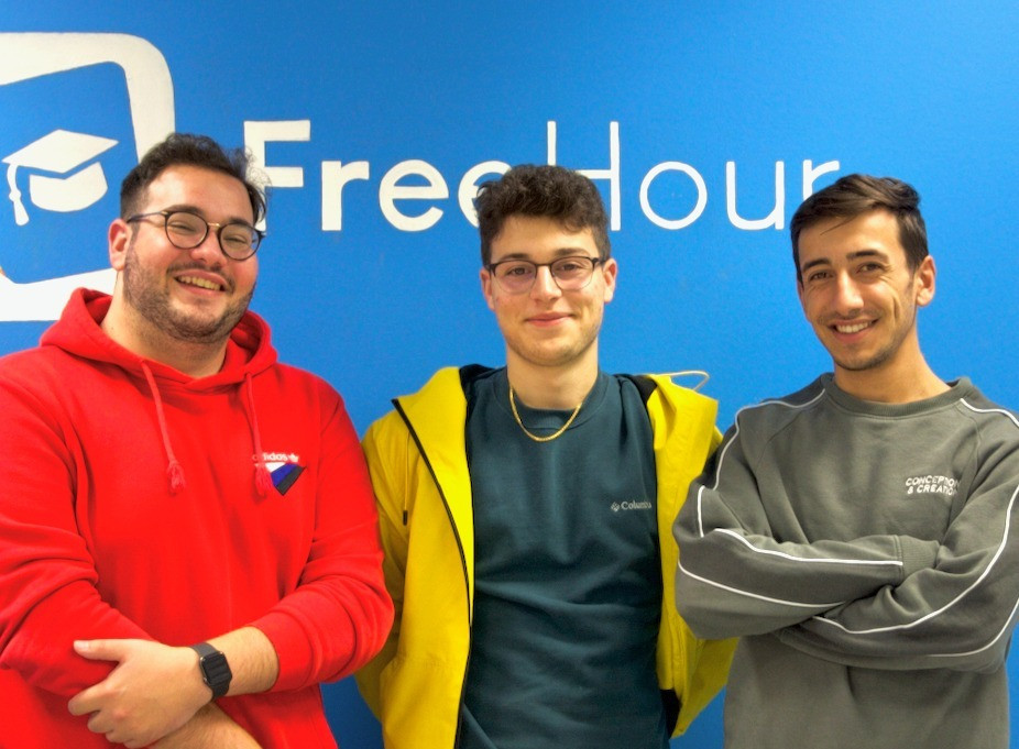 FreeHour Team Photo Xmas 2020