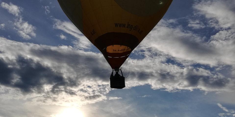 Pink Spiral Heißluftballon