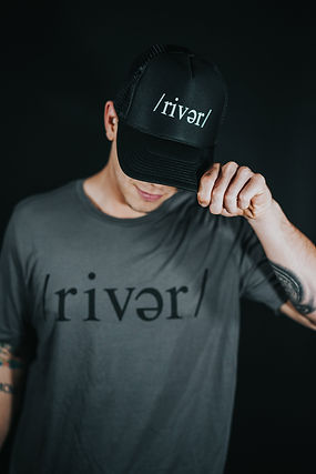 Mens /river/ Grey Shirt // Trucker Hat