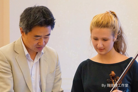 胡坤教授在伦敦 China Exchange 为学生上大师课