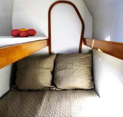 Salina 48 forward berth stateroom