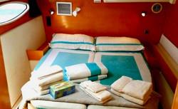 Salina 48 stateroom sheets towels
