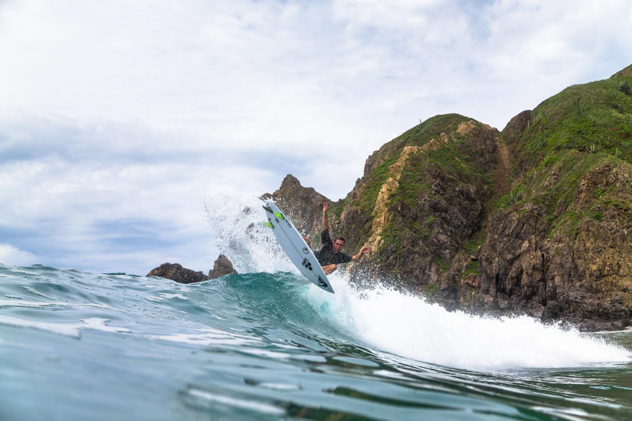 Salina Cruz Surf Camp catching cutback air