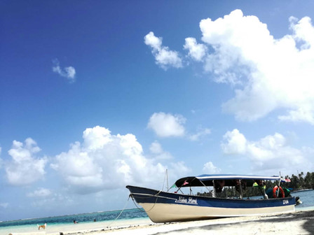 San Blas Day Tour lancha boat