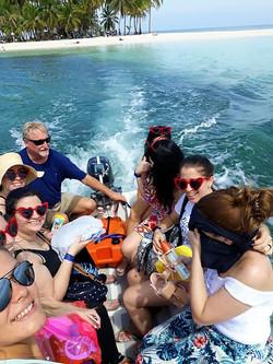 San Blas dinghy ride to the beach