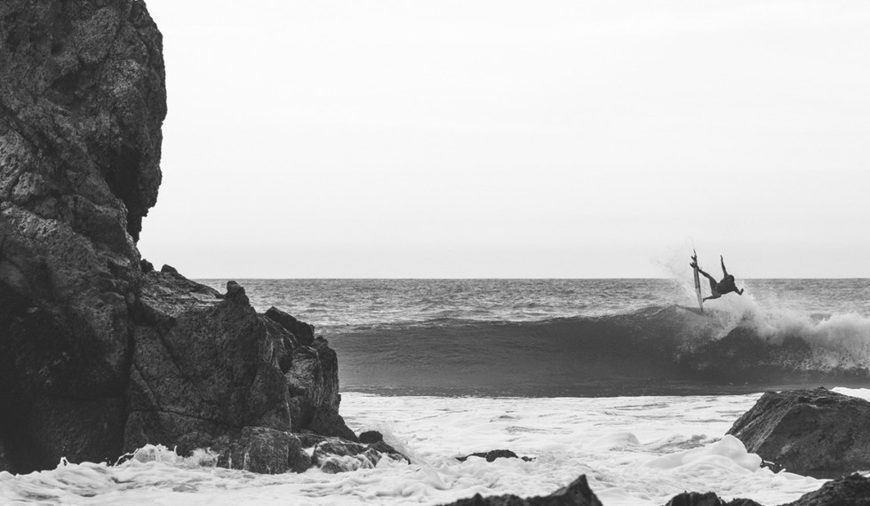 Salina Cruz Surf Camp offers photographers taking epic shots of your surf action