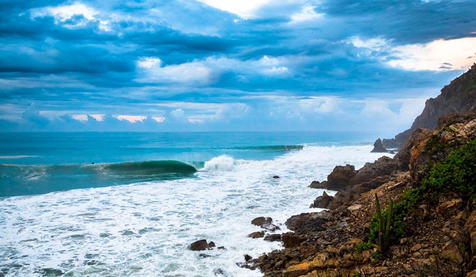 Salina Cruz Surf Camp beautiful days with epic waves