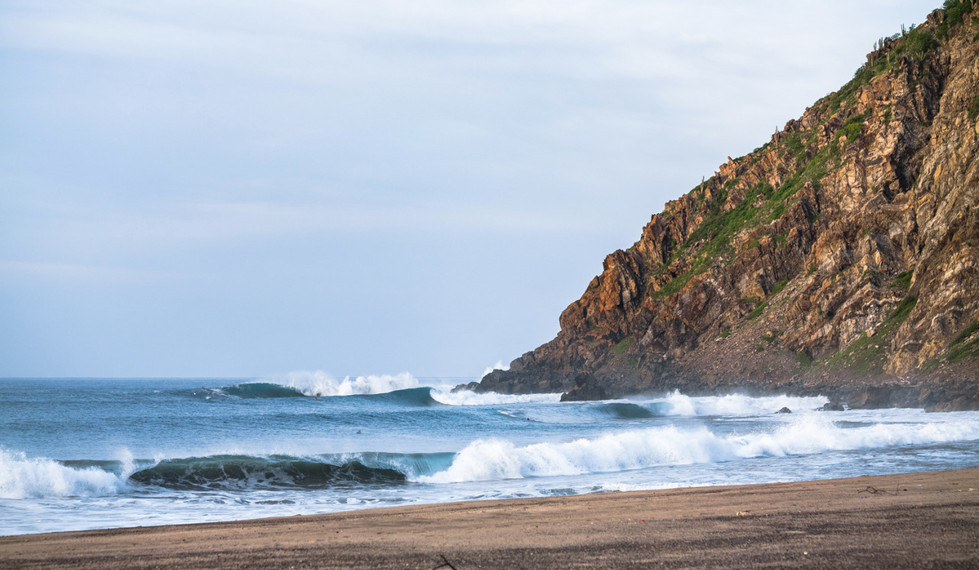 Salina Cruz Surf Camp with the best point break spots in Mexico without the crowds