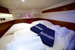 Queen Axiera bedroom 2