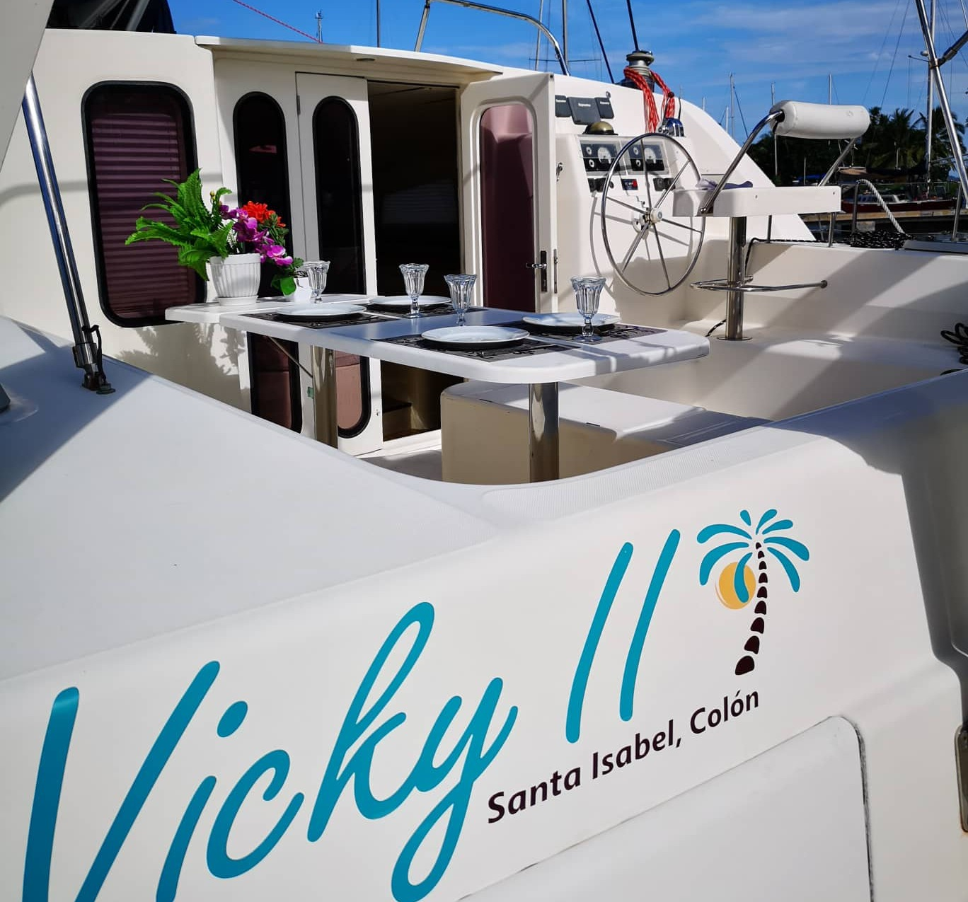 Vicky II cockpit table San Blas