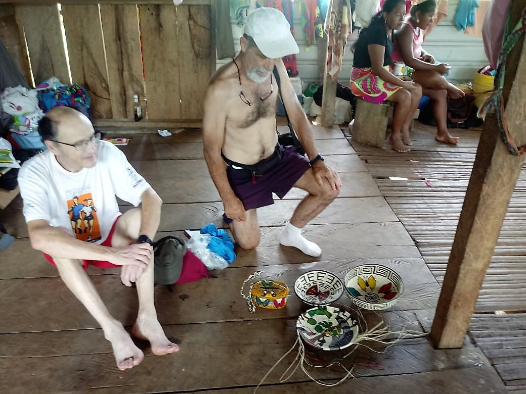 Darian Gap Jungle expedition group making lunch in Panama preapring for tour