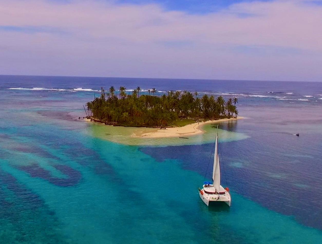 Salina 48 Zenith II San Blas island